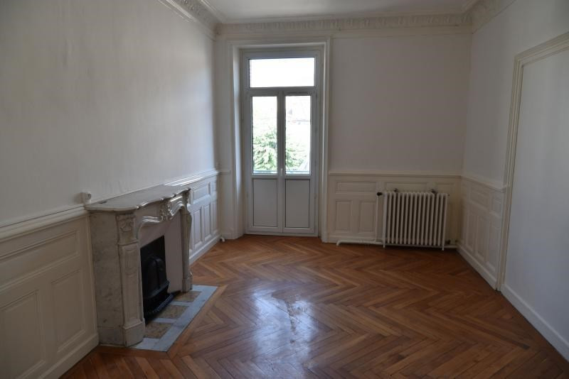 Rental apartment Oyonnax 630€ CC - Picture 2