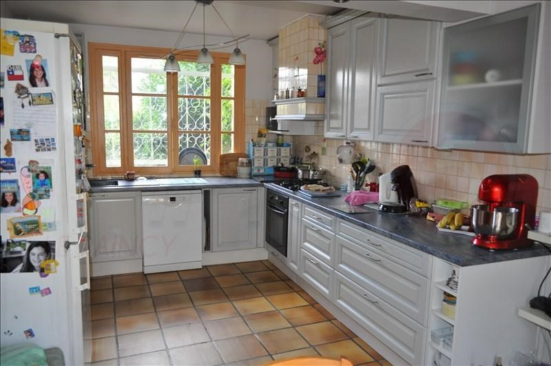 Sale house / villa Villemomble 309 000€ - Picture 4