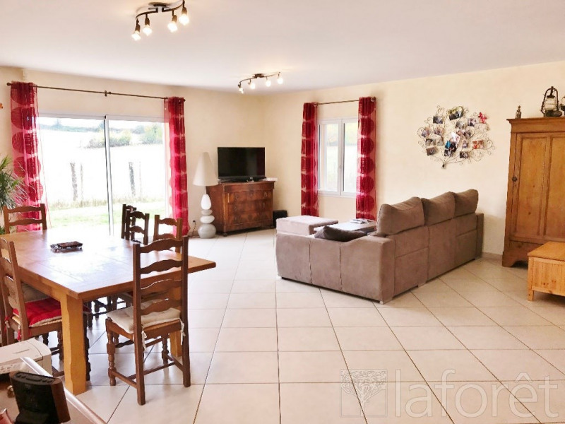 Sale house / villa Bourgoin jallieu 338000€ - Picture 2
