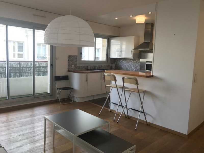 Location appartement Paris 11ème 1 683€ CC - Photo 2