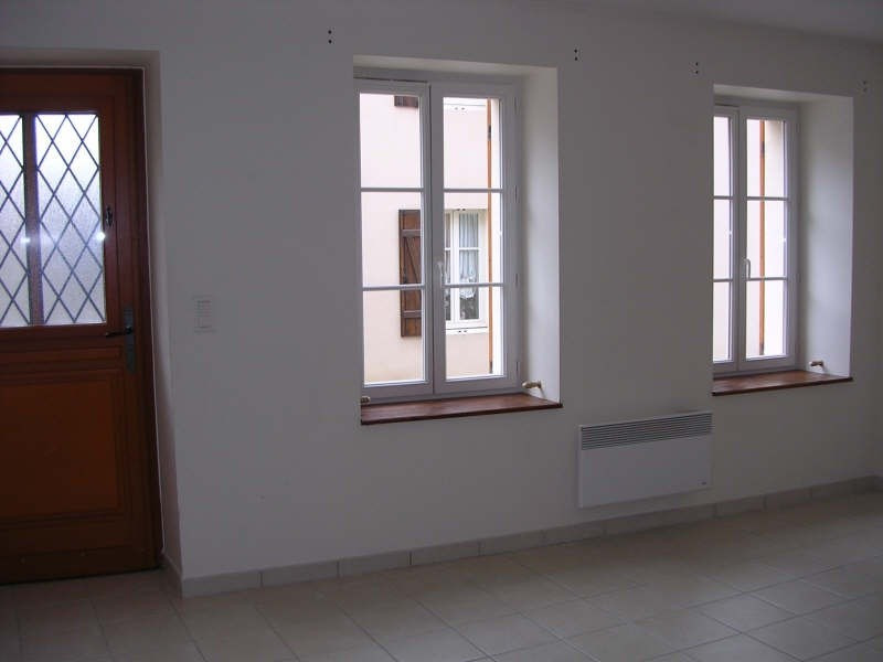 Rental apartment Courgis 530€ +CH - Picture 2
