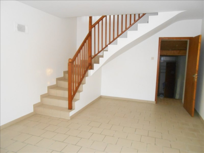 Rental house / villa Aulnay 508€ CC - Picture 3