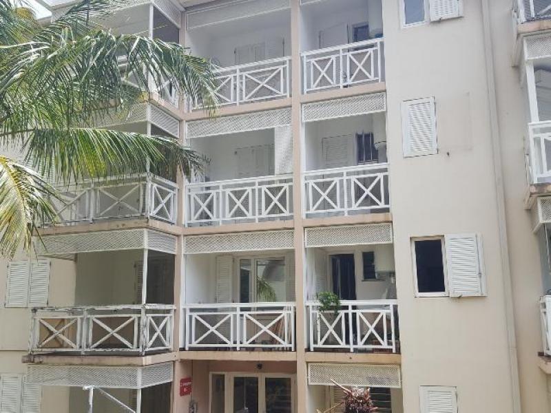Sale apartment Ste clotilde 140000€ - Picture 1
