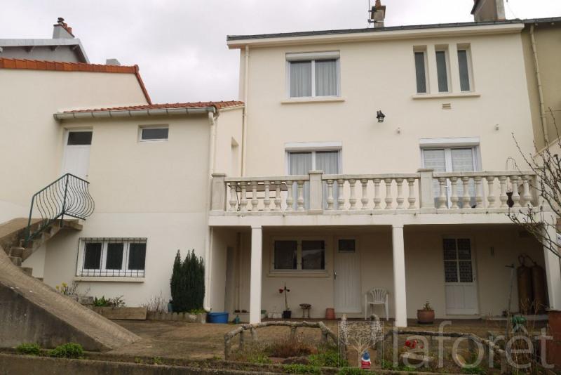 Sale house / villa Cholet 118000€ - Picture 1