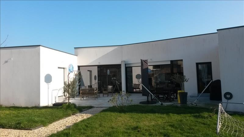 Sale house / villa Boussay 341 900€ - Picture 1