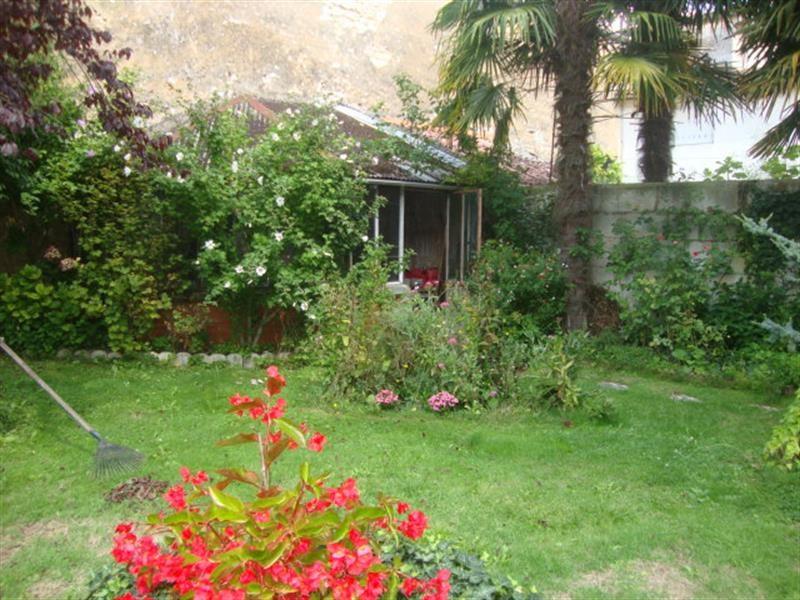 Vente maison / villa Saint-jean-d'angély 327050€ - Photo 9