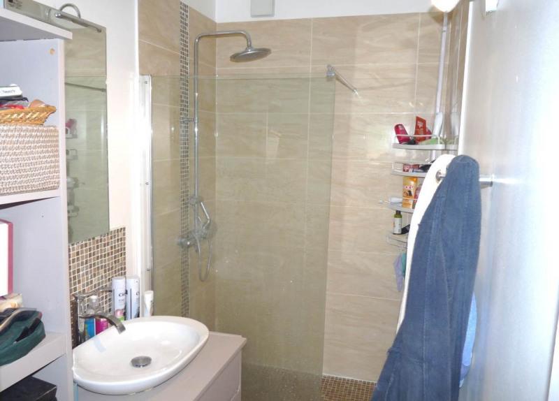 Sale apartment Saint-pierre-en-faucigny 169000€ - Picture 5