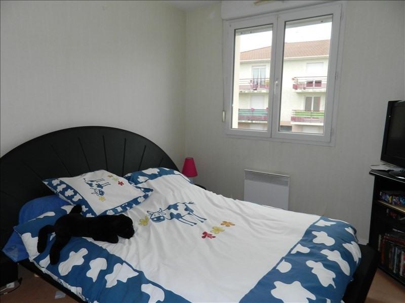 Rental apartment Riorges 655€ CC - Picture 3
