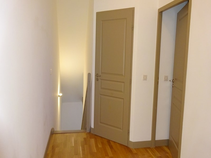 Location appartement Sainte-foy-lès-lyon 711€ CC - Photo 8