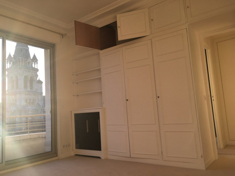 Location appartement Neuilly-sur-seine 4 600€ CC - Photo 12