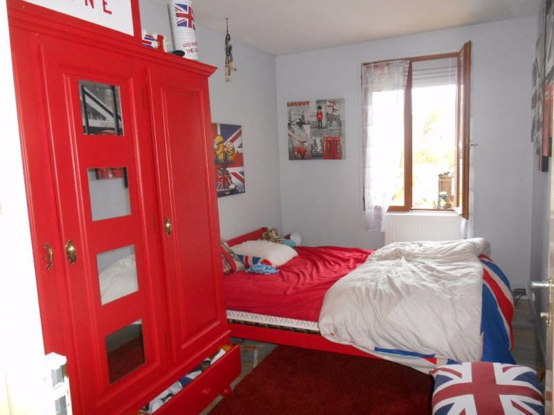 Sale house / villa Marseille en beauvaisis 142000€ - Picture 5