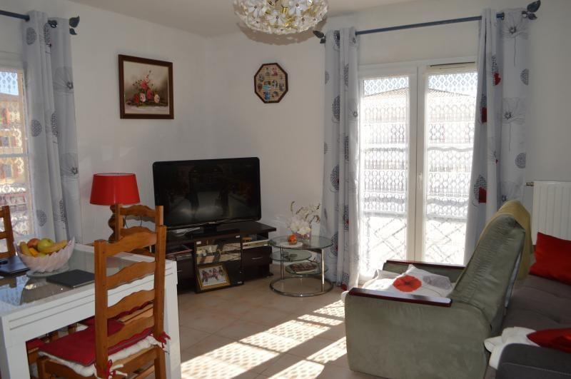Sale apartment Roquebrune sur argens 149000€ - Picture 1