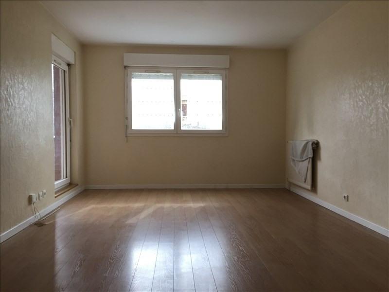 Location appartement Rueil malmaison 1080€ CC - Photo 2
