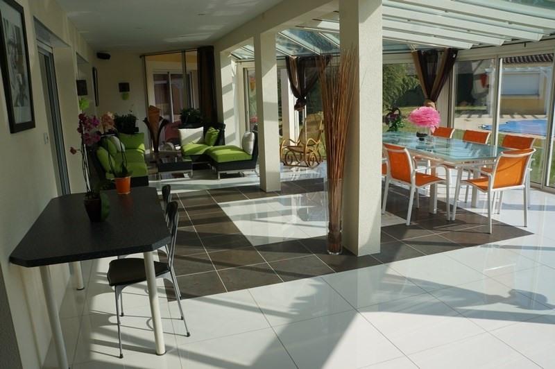Vente de prestige maison / villa Cherves richemont 628950€ - Photo 4
