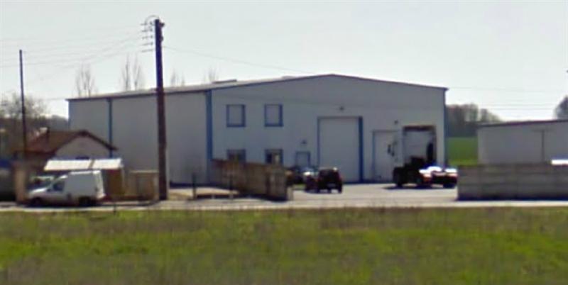 Location Local d'activités / Entrepôt Chaintreaux 0
