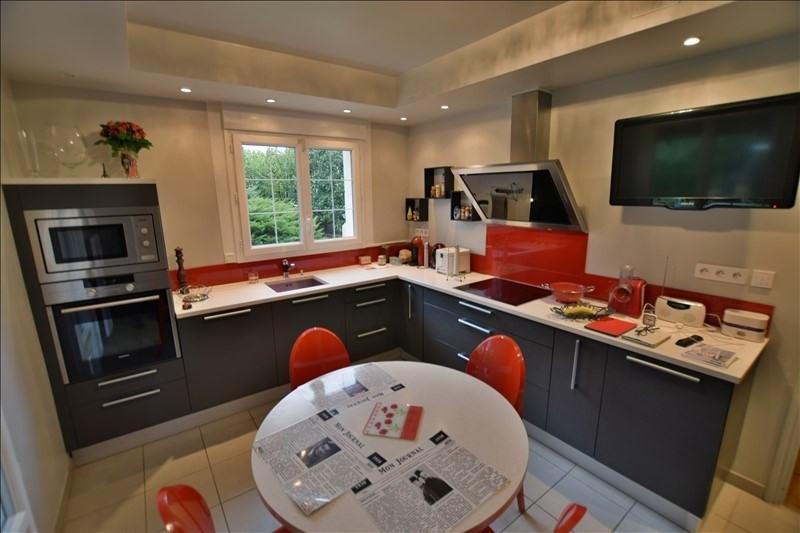 Sale house / villa Poey de lescar 370000€ - Picture 3