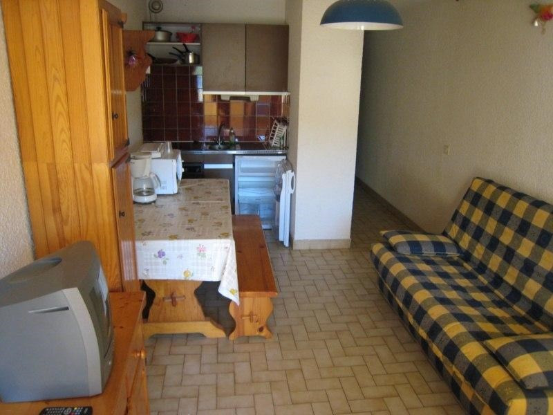 Vacation rental apartment Cavalaire 300€ - Picture 4
