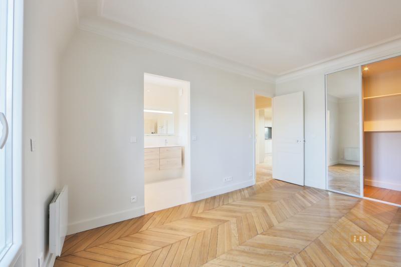 Vente de prestige appartement Paris 17ème 1070000€ - Photo 6