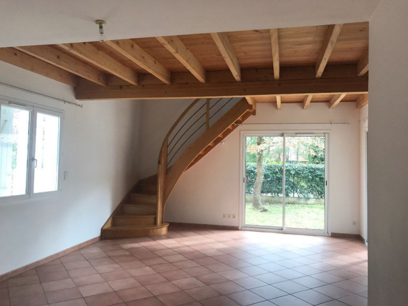 Location maison / villa La salvetat saint gilles 1 200€ CC - Photo 1