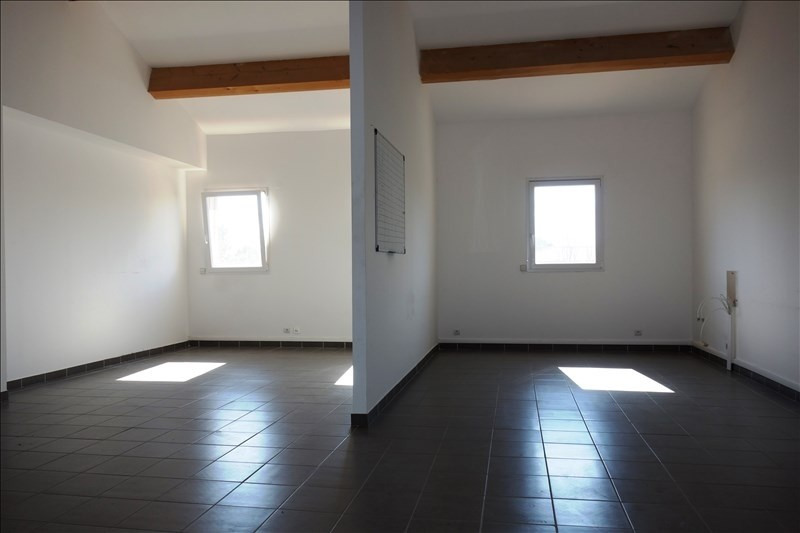 Rental empty room/storage La londe les maures 3 000€ +CH/ HT - Picture 2