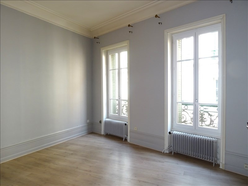 Rental apartment Roanne 535€ CC - Picture 1