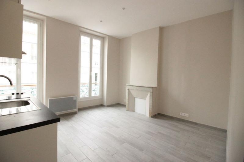 Location appartement Marseille 8ème 490€ CC - Photo 3