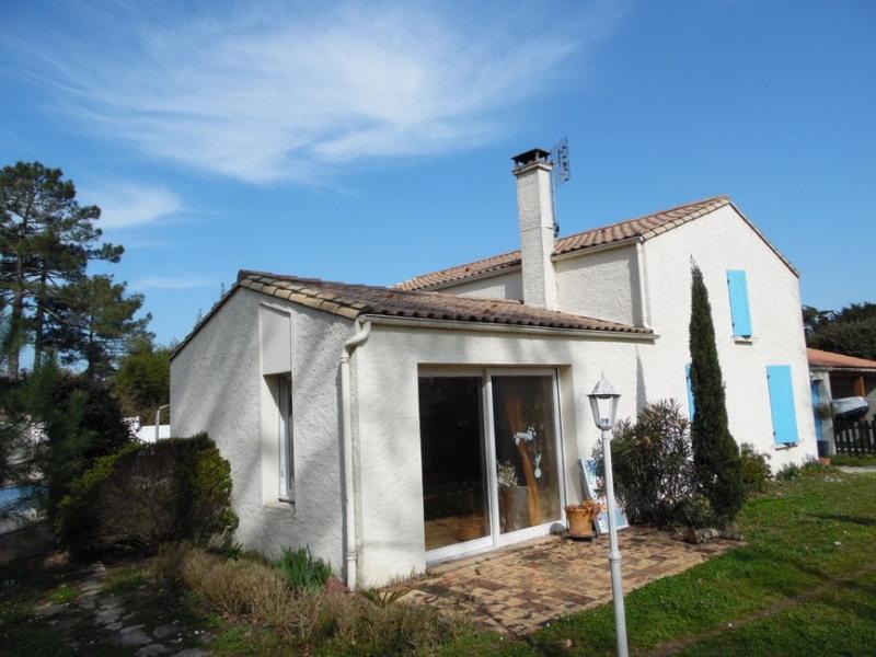 Sale house / villa La tremblade 305750€ - Picture 2