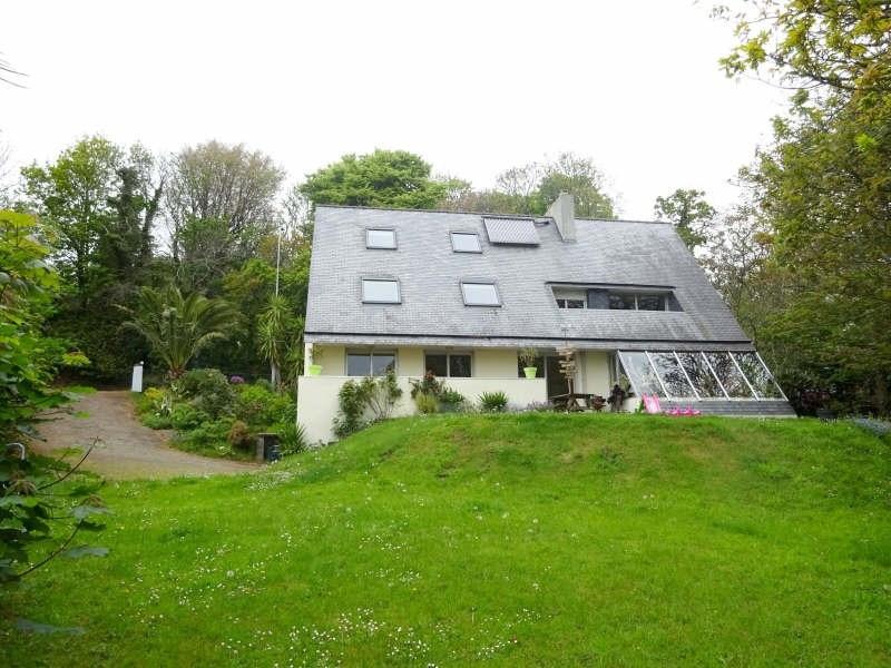 Deluxe sale house / villa Brest 384000€ - Picture 1