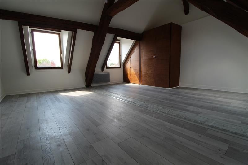 Location appartement Neauphle le chateau 648€ CC - Photo 2