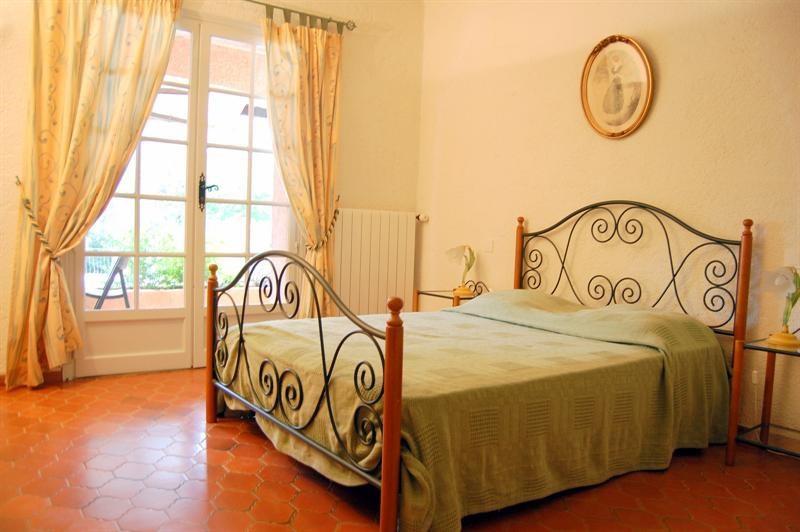 Deluxe sale house / villa Bagnols en forêt 595000€ - Picture 23