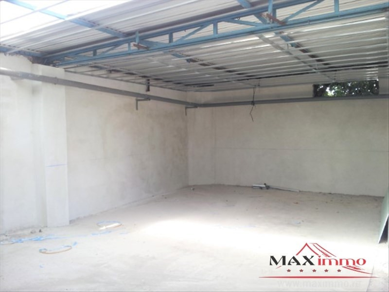 Location local commercial St pierre 3 500€ HT/HC - Photo 1