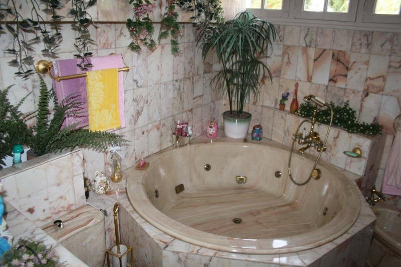 Sale house / villa Aulnoye aymeries 233700€ - Picture 8