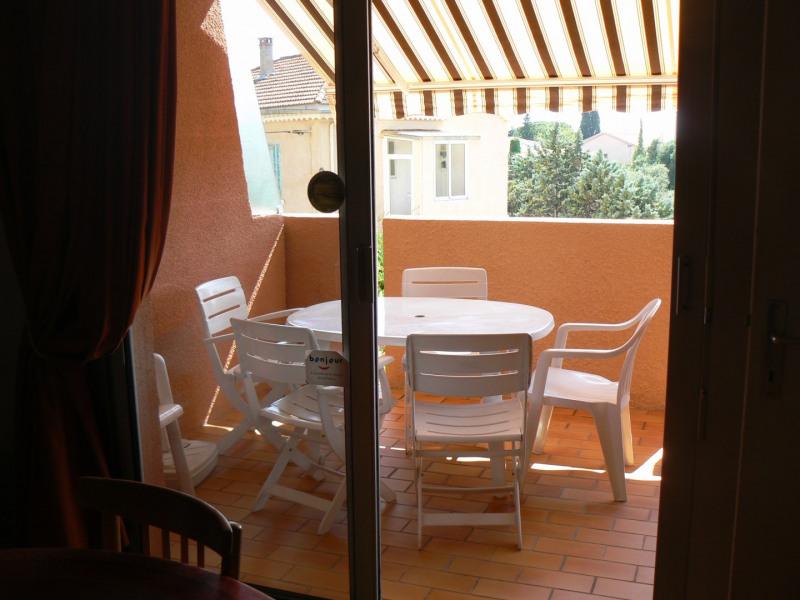 Vacation rental apartment Bandol 290€ - Picture 3