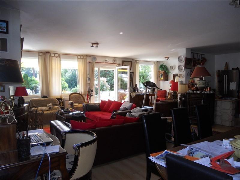 Deluxe sale house / villa St palais sur mer 600000€ - Picture 4