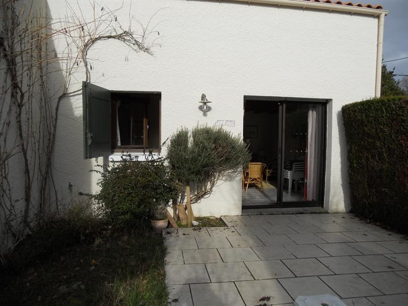 Vacation rental house / villa Vaux-sur-mer 568€ - Picture 1