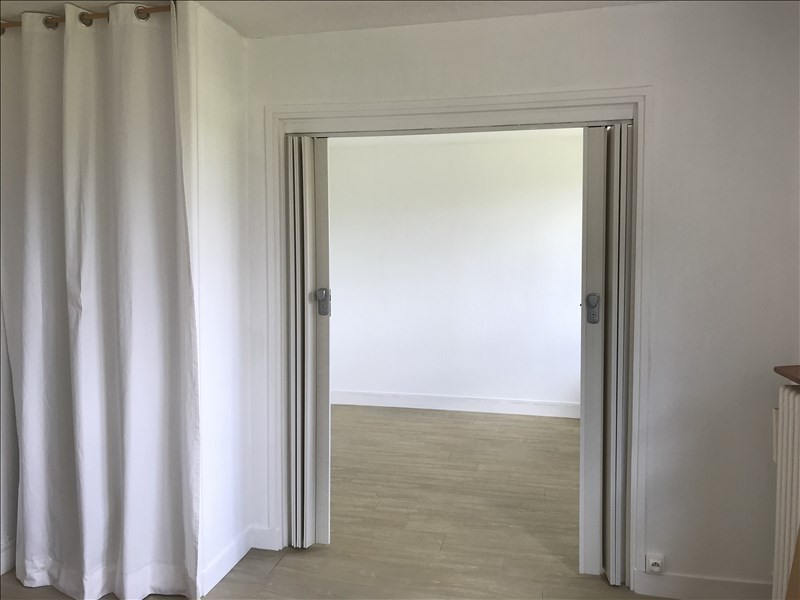 Sale apartment Les clayes sous bois 177000€ - Picture 3