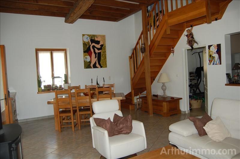 Sale house / villa Feux 141000€ - Picture 2