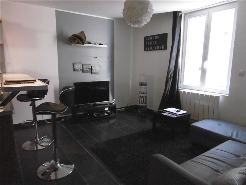 Location maison / villa St quentin 600€ CC - Photo 2