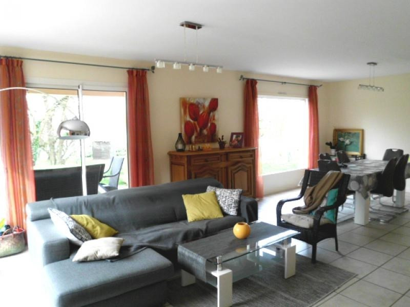 Deluxe sale house / villa Jonage 505000€ - Picture 6