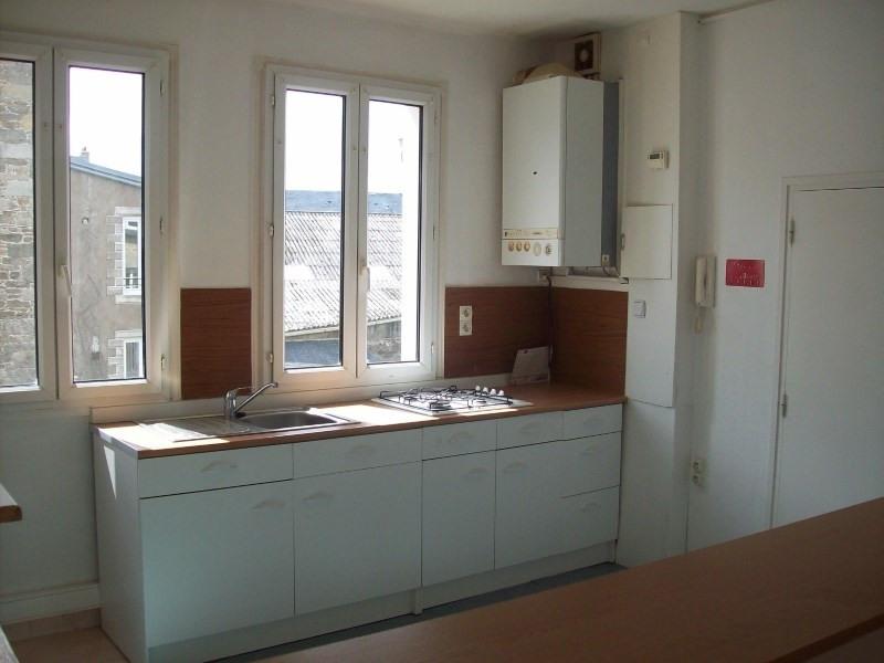 Location appartement Guingamp 590€ CC - Photo 2