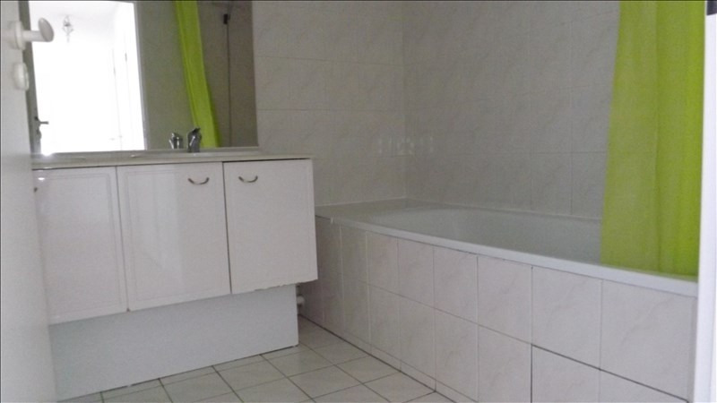 Rental apartment Bailly romainvilliers 870€ CC - Picture 5
