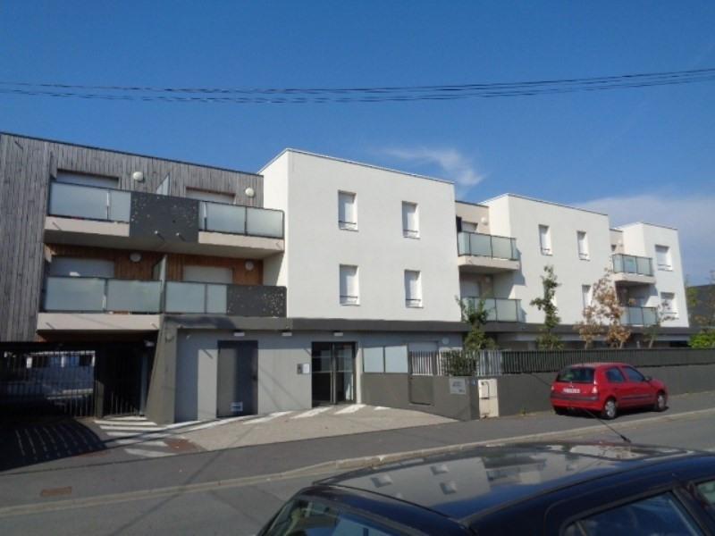 Location appartement Sainte luce sur loire 547€ CC - Photo 1
