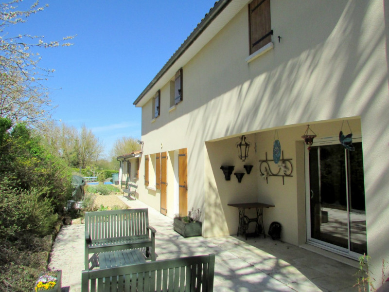 Sale house / villa Tusson 356 000€ - Picture 3