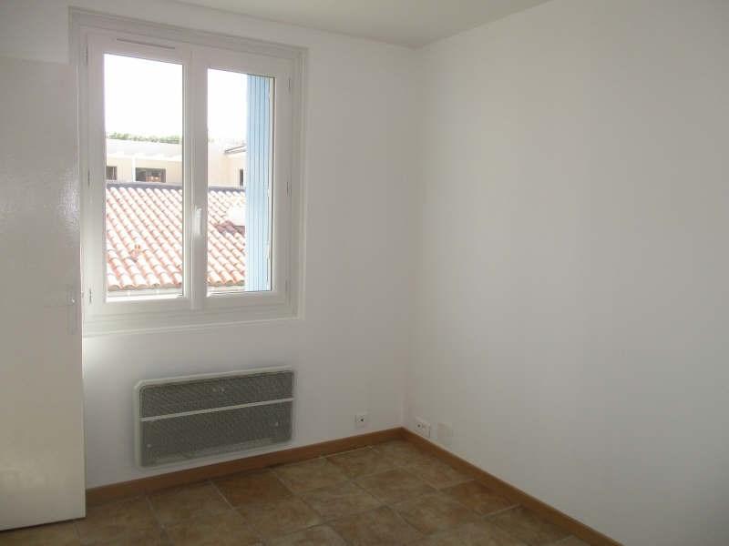 Rental apartment Niimes centre 440€ CC - Picture 7