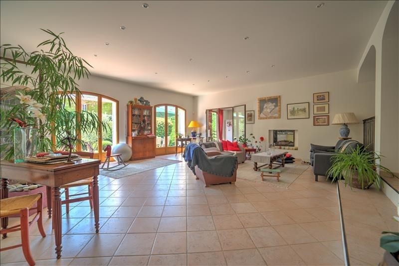 Deluxe sale house / villa Chateauneuf le rouge 675 000€ - Picture 4