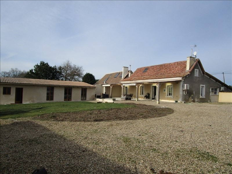 Vente maison / villa St barthelemy de bellegard 147000€ - Photo 1