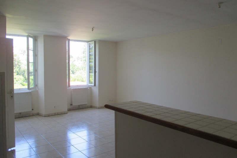 Location appartement Angoulême 564€ CC - Photo 2
