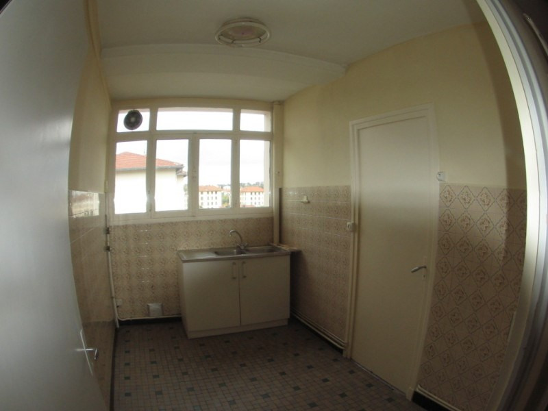 Location appartement Oullins 620€ CC - Photo 5