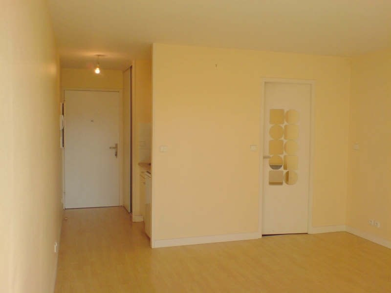 Location appartement La rochelle 418€ CC - Photo 2