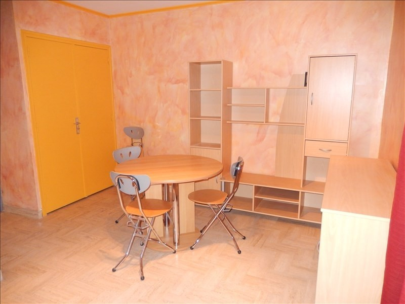 Location appartement Le puy en velay 351,79€ CC - Photo 1